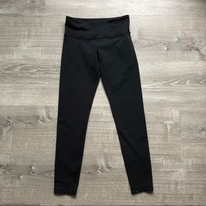 Classic lululemon black legging